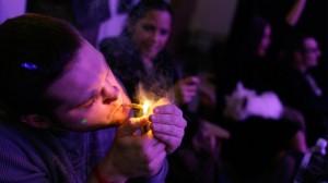 guy lighting joint in colorado hbtv hemp beach tv