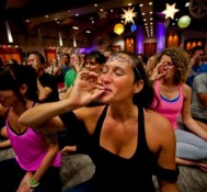 Yoga class in San Francisco adds marijuana for relaxation